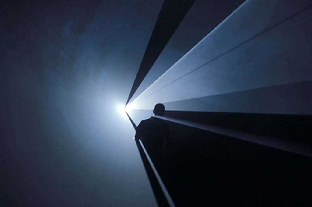 2005, projected light installation, in 50mn cycle, edition of 5