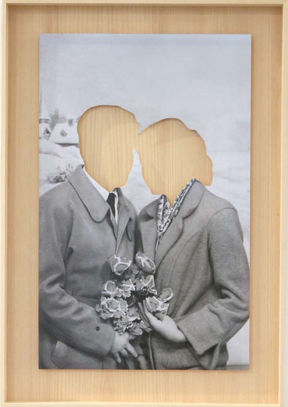 b/w photograph clipped in a wooden frame, 53,5 x 37,5 cm