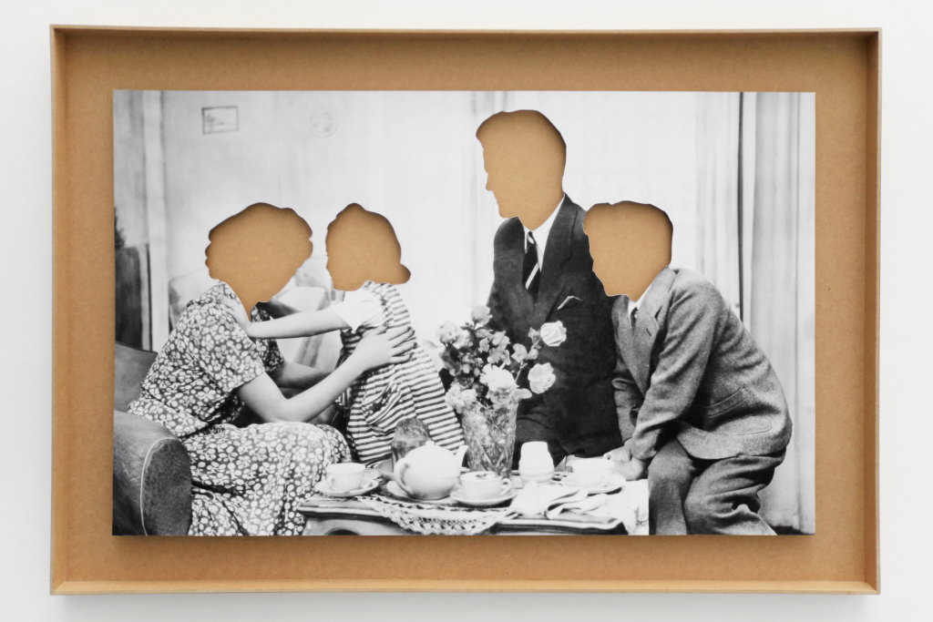 b/w photo clipped in a wooden frame, 65 x 95 x 4 cm