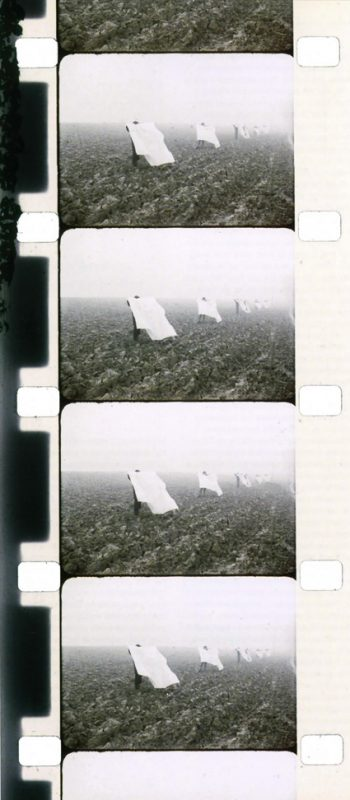 1972, 16 mm film, color, magnetic sound, transferred to DVD in 2007, 3 minutes 20 seconds, edition of 15