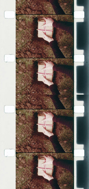 1972, 16 mm film, color, magnetic sound, transferred to DVD in 2007, 2 minutes 20 seconds, edition of 15
