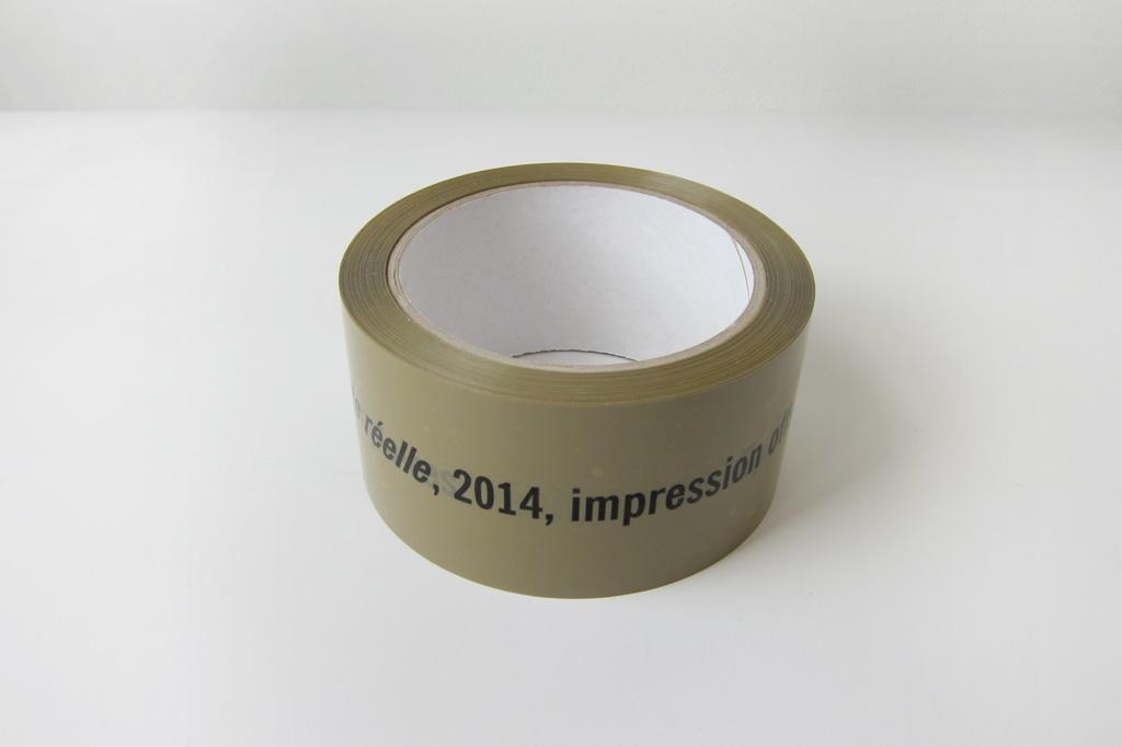 2014, impression offset sur ruban adhésif, 5 x 660 cm, édition de 35 exemplaires