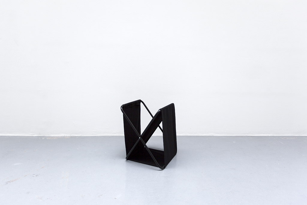 LIGNE DE MIRE #6 2015 black textile and metal 50 x 40 x 35 cm unique work in a serie