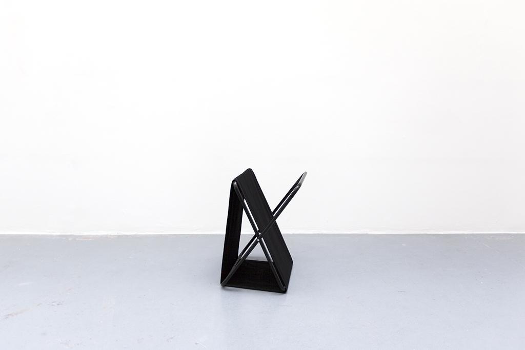 LIGNE DE MIRE #2 2015, black textile and metal 50 x 40 x 35 cm unique work in a serie