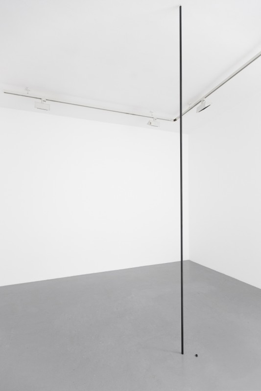 2014, room piece, two metal pipes, painted black, one free-standing, 1 cm, one hanging from ceiling to floor (ceiling height) 12,5 cm ditance, unique work