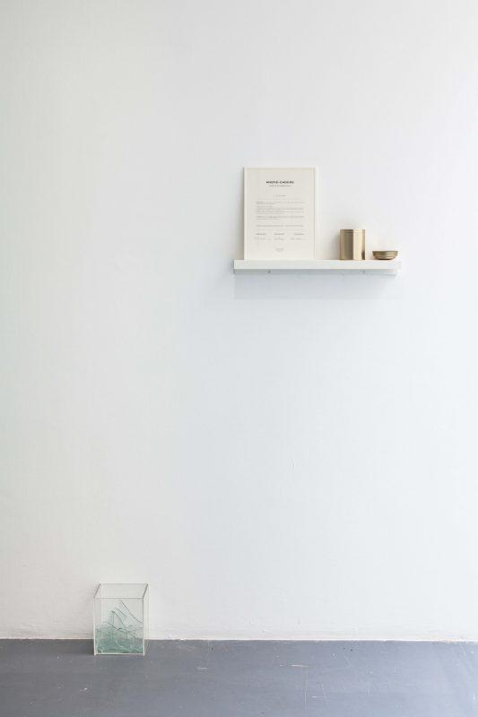 TITRE DE L'OEUVRE,    2017, certificat de disparition, impression sur papier, boîte métallique et fragments d'oeuvres, oeuvres uniques
