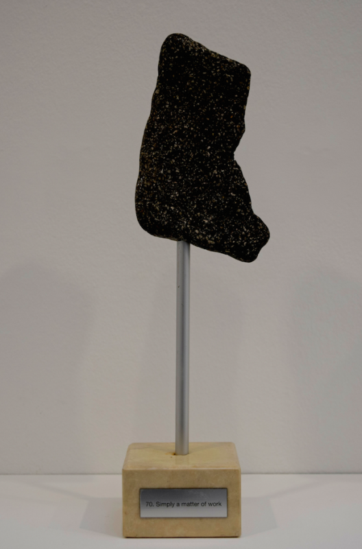 TROPHEE 70 stone and marble, dimensions variable, unique work