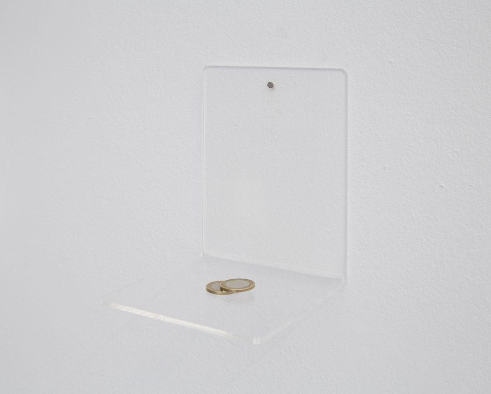 ECLIPSE (EURO), 2010 two coins 2,5 x 3,3 cm, edition 1/3 (+ I AP) Photo Marina Gusina